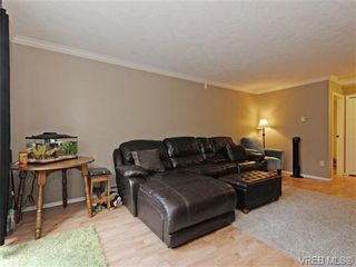 Photo 3: 6 540 Goldstream Ave in VICTORIA: La Fairway Row/Townhouse for sale (Langford)  : MLS®# 741789