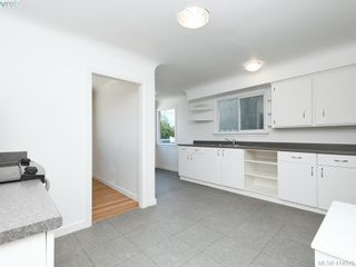 Photo 10: 318 Uganda Ave in VICTORIA: Es Kinsmen Park Half Duplex for sale (Esquimalt)  : MLS®# 822180