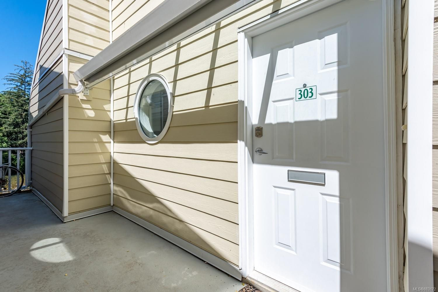 Photo 23: Photos: 303 205 1st St in : CV Courtenay City Row/Townhouse for sale (Comox Valley)  : MLS®# 883172