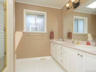 Photo 10: 2306 Evelyn Hts in VICTORIA: VR Hospital House for sale (View Royal)  : MLS®# 762856