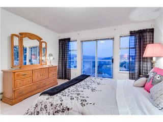 Photo 12: 15 N ELLESMERE Avenue in Burnaby: Capitol Hill BN House for sale (Burnaby North)  : MLS®# V1070757