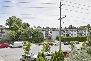 Photo 18: 302 128 W 21ST STREET in North Vancouver: Central Lonsdale Condo for sale : MLS®# R2408450