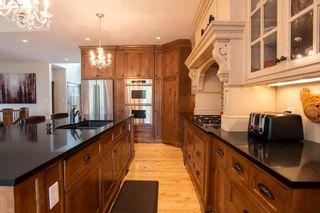 Photo 4: 22 Hardman Court in Winnipeg: Royalwood Residential for sale (2J)  : MLS®# 202116806