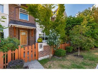 Photo 2: 224 BROOKES Street in New Westminster: Queensborough Condo for sale : MLS®# R2486409