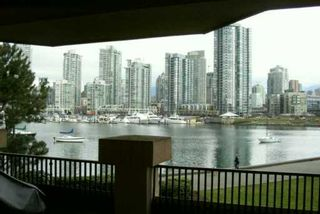 """Photo 3: 209 1859 SPYGLASS PL in Vancouver: False Creek Condo for sale in """"SAN REMO COURT"""" (Vancouver West)  : MLS®# V581264"""