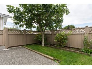 """Photo 2: 48 1400 164 Street in Surrey: King George Corridor House for sale in """"Gateway Gardens"""" (South Surrey White Rock)  : MLS®# R2101473"""