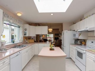 Photo 6: 27 677 BUNTING PLACE in COMOX: CV Comox (Town of) Row/Townhouse for sale (Comox Valley)  : MLS®# 791873