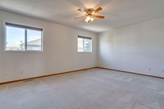 Photo 13: 40 Mt Aberdeen Manor SE in Calgary: McKenzie Lake Row/Townhouse for sale : MLS®# A1100285