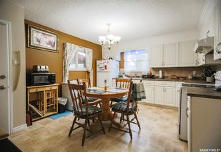 Photo 14: 331 X Avenue South in Saskatoon: Meadowgreen Residential for sale : MLS®# SK859564