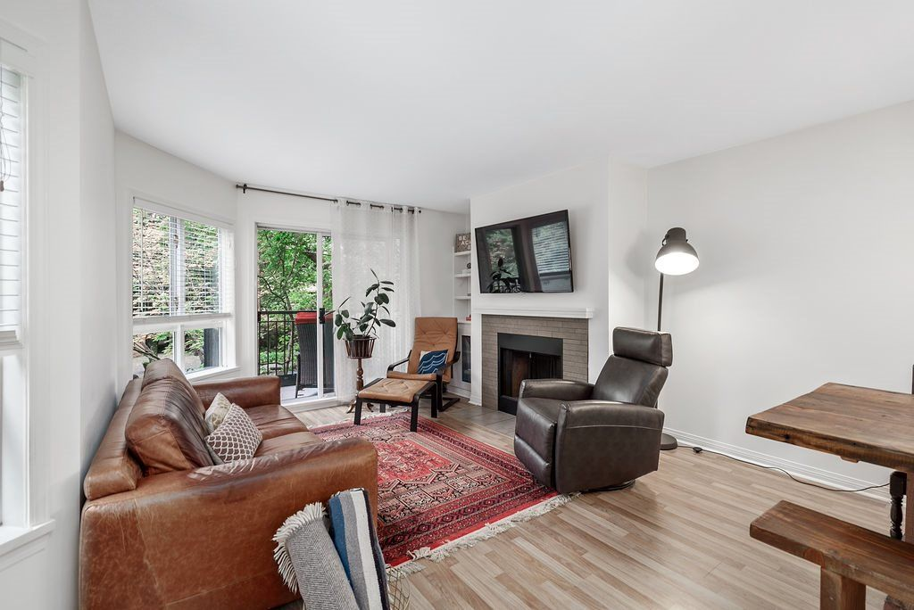 Main Photo: 214 555 W 14TH AVENUE in Vancouver: Fairview VW Condo for sale (Vancouver West)  : MLS®# R2502784
