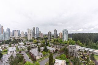 """Photo 1: 2705 5883 BARKER Avenue in Burnaby: Metrotown Condo for sale in """"ALDYNE ON THE PARK"""" (Burnaby South)  : MLS®# R2453440"""