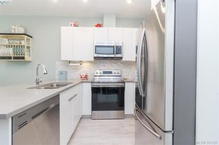 Photo 10: 204 1460 Pandora Ave in VICTORIA: Vi Fernwood Condo for sale (Victoria)  : MLS®# 787376