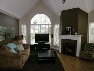 "Photo 2: 216 7435 121A Street in Surrey: West Newton Condo for sale in ""STRAWBERRY HILLS ESTATES 2"" : MLS®# F1326343"