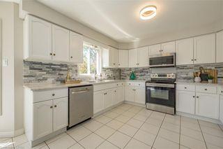 Photo 9: 20 FIELDSTONE Crescent: Komoka Residential for sale (4 - Middelsex Centre)  : MLS®# 40112835