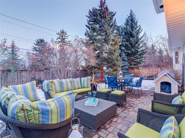 Photo 39: Photos: 7016 KENOSEE Place SW in Calgary: Kelvin Grove House for sale : MLS®# C4055215