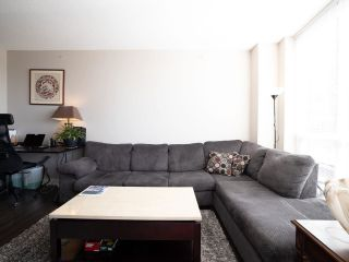 """Photo 7: 2301 2968 GLEN Drive in Coquitlam: North Coquitlam Condo for sale in """"Grand central II"""" : MLS®# R2552070"""