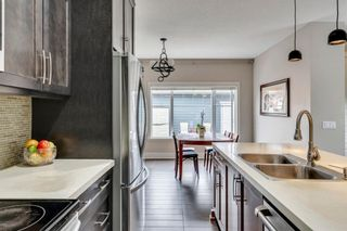 Photo 8: 2012 20 Avenue NW in Calgary: Banff Trail Detached for sale : MLS®# A1061781