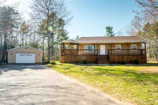 Photo 1: 25 MAGGIE Drive in Greenwood: 404-Kings County Residential for sale (Annapolis Valley)  : MLS®# 201909838