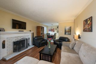 Photo 3: 107 466 E EIGHTH Avenue in New Westminster: Sapperton Condo for sale : MLS®# R2112299