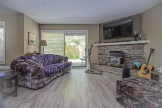 """Photo 3: 7 34755 OLD YALE Road in Abbotsford: Abbotsford East Townhouse for sale in """"Glenview"""" : MLS®# R2454937"""