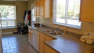 Photo 3: 9813 167A Avenue NW: Edmonton House for sale : MLS®# E3315070