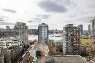 Photo 5: 1906 1201 MARINASIDE CRESCENT in Vancouver: Yaletown Condo for sale (Vancouver West)  : MLS®# R2582285