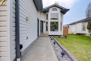 Photo 3: 22 WESTMEWS Drive: Fort Saskatchewan House for sale : MLS®# E4245512