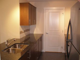 "Photo 3: 405 19340 65 Avenue in Surrey: Clayton Condo for sale in ""Espirit at Southlands"" (Cloverdale)  : MLS®# R2011065"