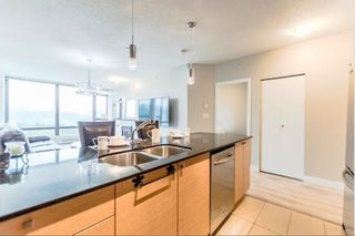"Photo 15: 2305 110 BREW Street in Port Moody: Port Moody Centre Condo for sale in ""ARIA"" : MLS®# R2211306"