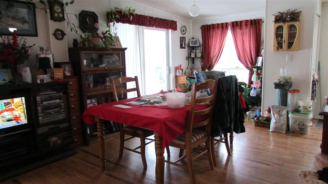 """Photo 10: Photos: 11141 BEATTIE Drive: Hudsons Hope Manufactured Home for sale in """"HUDSONS HOPE"""" (Fort St. John (Zone 60))  : MLS®# R2511397"""