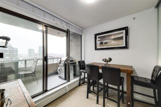 """Photo 15: 1002 170 W 1ST Street in North Vancouver: Lower Lonsdale Condo for sale in """"ONE PARK LANE"""" : MLS®# R2528414"""