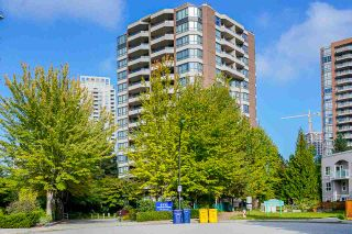 """Photo 2: 903 6152 KATHLEEN Avenue in Burnaby: Metrotown Condo for sale in """"EMBASSY"""" (Burnaby South)  : MLS®# R2506354"""