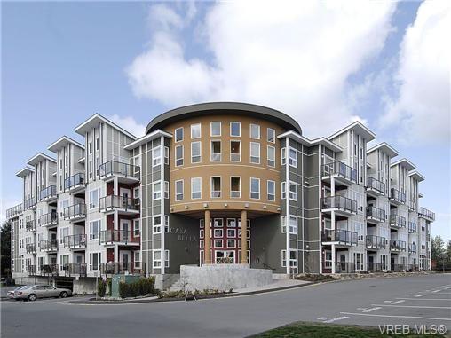 Main Photo: 214 866 Brock Ave in VICTORIA: La Langford Proper Condo for sale (Langford)  : MLS®# 658949