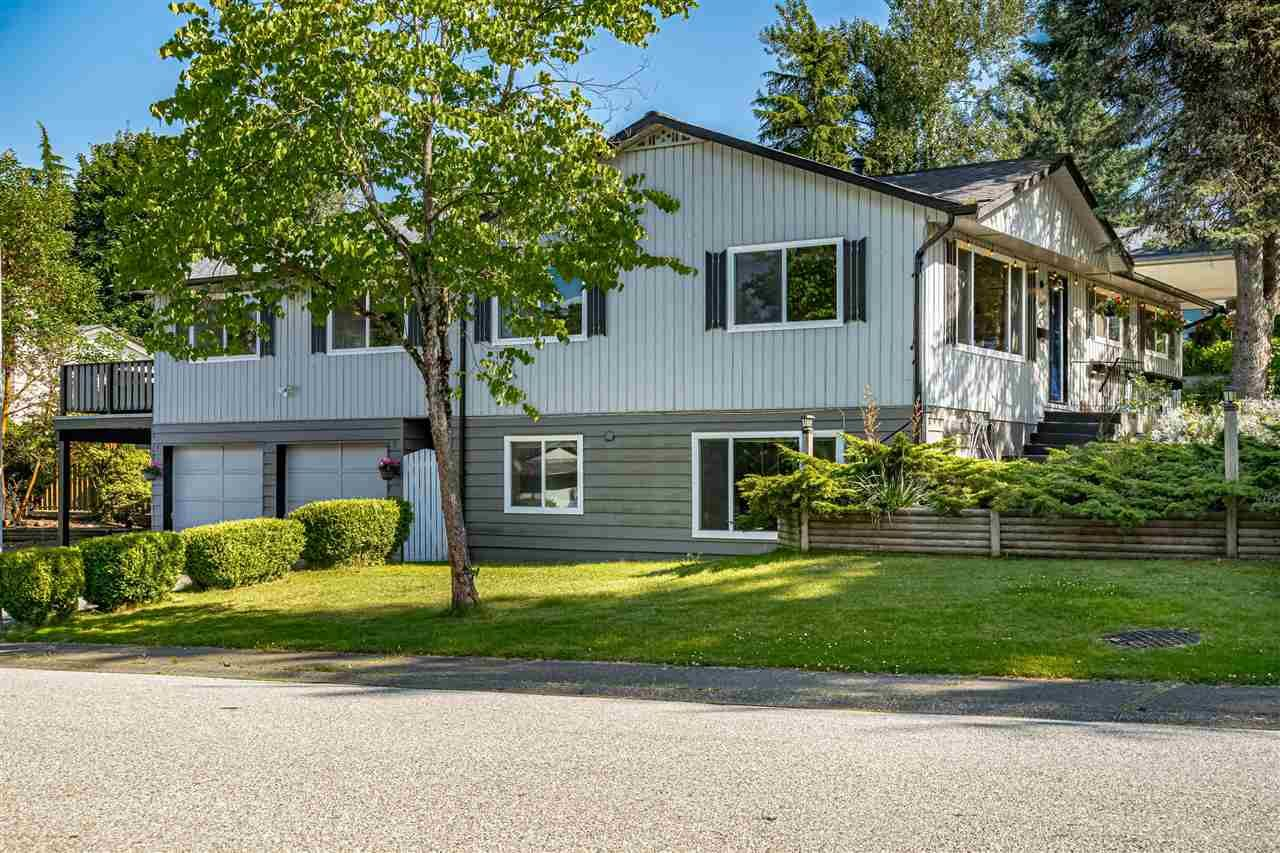 Main Photo: 11346 133A Street in Surrey: Bolivar Heights House for sale (North Surrey)  : MLS®# R2473539