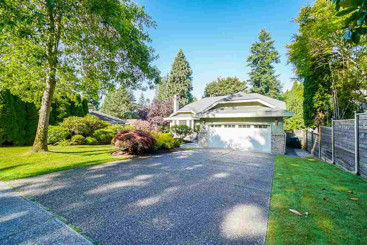 Main Photo: 1627 127 Street in Surrey: Crescent Bch Ocean Pk. House for sale (South Surrey White Rock)  : MLS®# R2480487