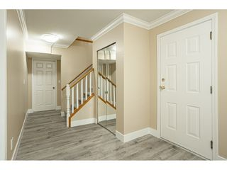"""Photo 4: 6017 189 Street in Surrey: Cloverdale BC House for sale in """"CLOVERHILL"""" (Cloverdale)  : MLS®# R2516494"""