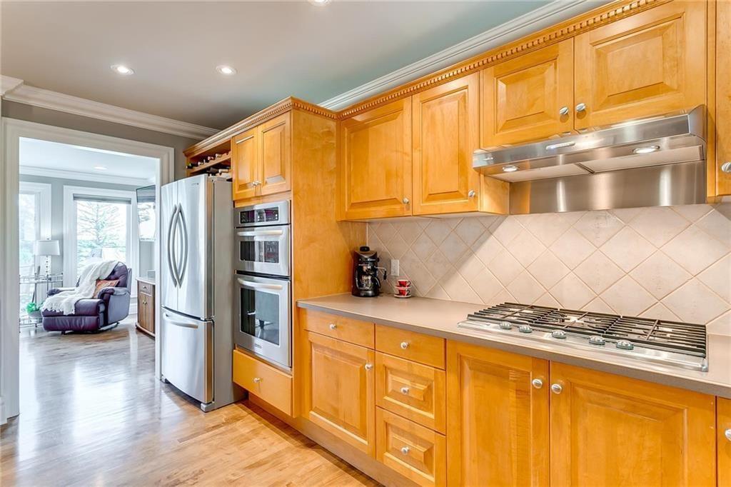 Photo 16: Photos: 17 185 WOODRIDGE Drive SW in Calgary: Woodlands Row/Townhouse for sale : MLS®# C4295020
