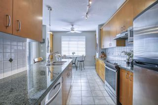 """Photo 10: 101 1581 FOSTER Street: White Rock Condo for sale in """"Sussex House"""" (South Surrey White Rock)  : MLS®# R2478848"""