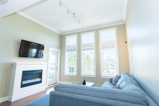 """Photo 6: 309 5665 177B Street in Surrey: Cloverdale BC Condo for sale in """"Lingo"""" (Cloverdale)  : MLS®# R2248564"""