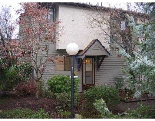 """Main Photo: 14 225 W 14TH ST in North Vancouver: Central Lonsdale Townhouse for sale in """"CARLTON COURT"""" : MLS®# V569406"""