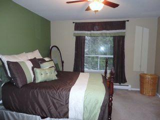 Photo 11: 9168 160A STREET in MAPLE GLEN: House for sale