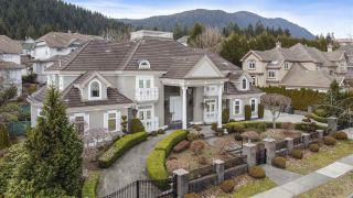 Photo 3: 3138 PLATEAU Boulevard in Coquitlam: Westwood Plateau House for sale : MLS®# R2551923