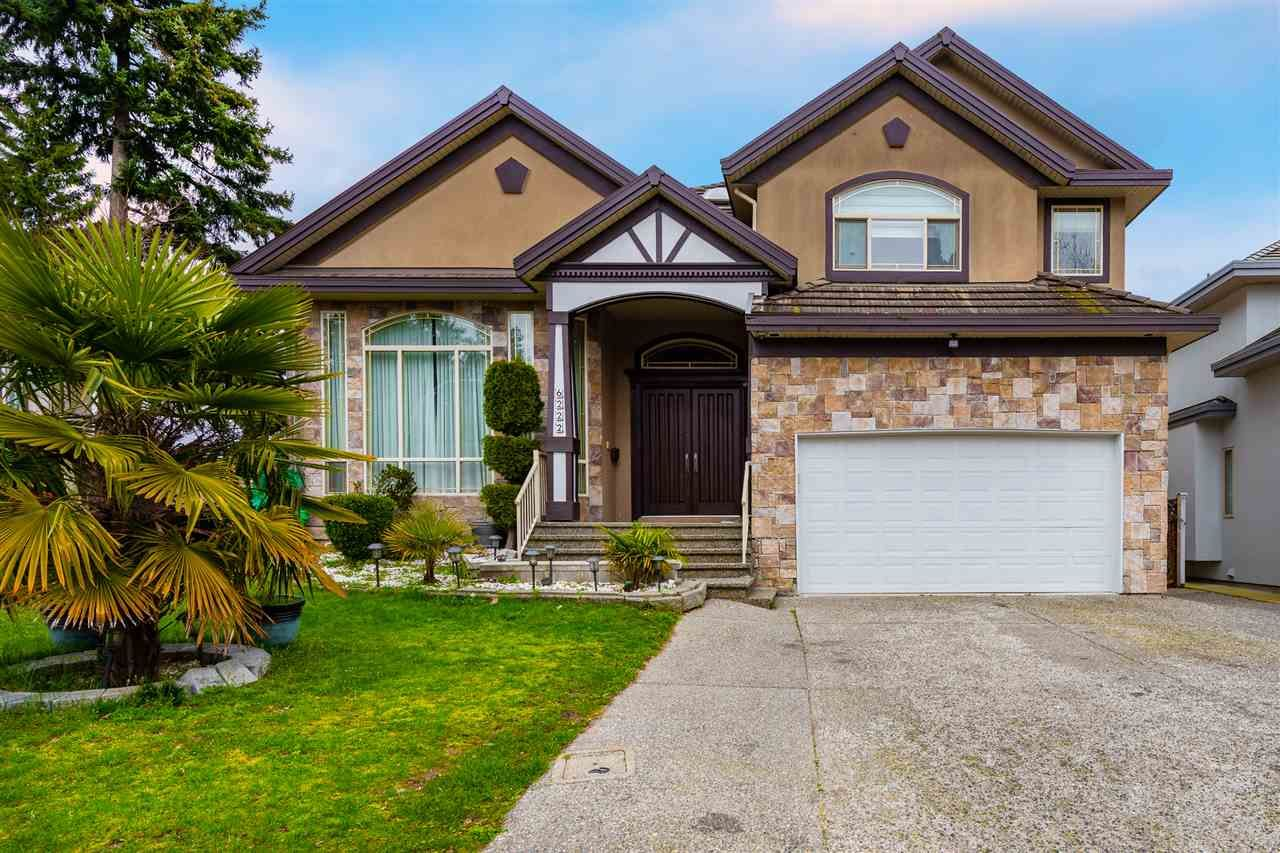 Main Photo: 6222 126B Street in Surrey: Panorama Ridge House for sale : MLS®# R2560980