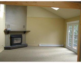 Photo 4: 1190 PAGGIO Road in Roberts_Creek: Roberts Creek House for sale (Sunshine Coast)  : MLS®# V679227