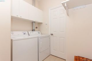 Photo 14: SIDNEY TOWNHOME FOR SALE: 2 BEDROOMS + 2 BATHROOMS = SIDNEY REAL ESTATE FOR SALE.