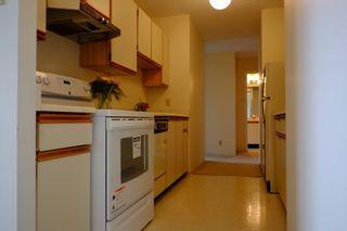 Photo 9: 2401 6540 Burlington Avenue in Burnaby: Metrotown Condo  (Burnaby South)  : MLS®# V1118433