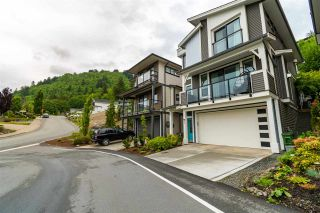 """Photo 2: 55 47042 MACFARLANE Place in Chilliwack: Promontory House for sale in """"SOUTHRIDGE"""" (Sardis)  : MLS®# R2582418"""