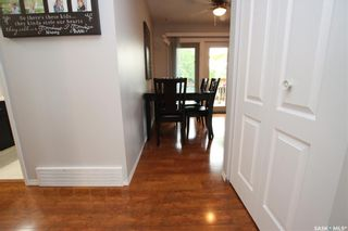 Photo 8: 134 Tobin Crescent in Saskatoon: Lawson Heights Residential for sale : MLS®# SK860594