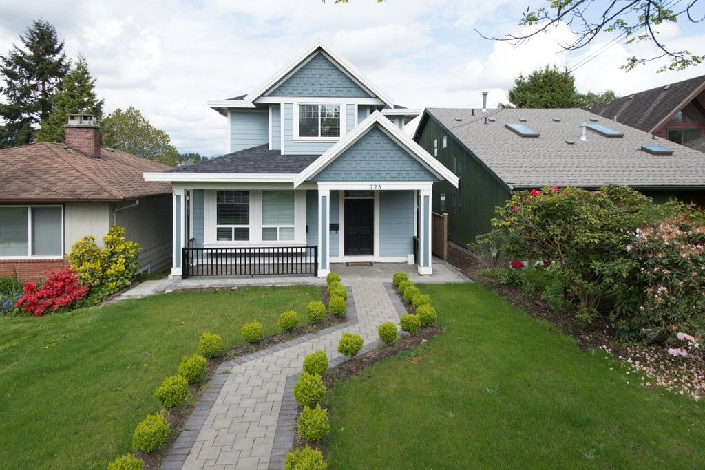 "Main Photo: 725 SECOND Street in New Westminster: GlenBrooke North House for sale in ""GLENBROOKE NORTH"" : MLS®# V1120109"