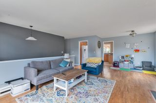 Photo 9: 2123 Bolt Ave in : CV Comox (Town of) House for sale (Comox Valley)  : MLS®# 879177